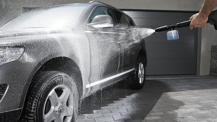 Foam_nozzle_car_app_2-23987-150dpi_thumb_main