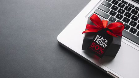 Black-friday-discount-gift-with-red-ribbon_23-2148313050_thumb_main